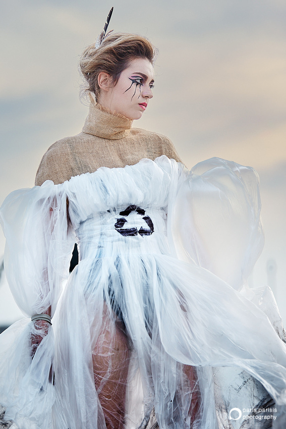 Recyclable Materials Fashion Show | Photography Exhibition | Έκθεση Φωτογραφίας Πάρι Παρίση